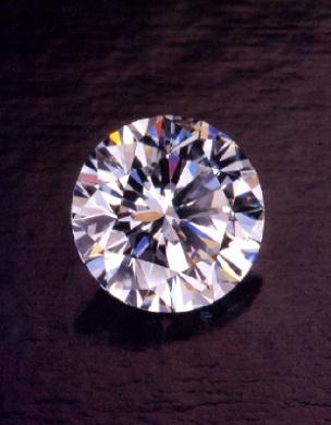 4月の誕生石 ダイヤモンド